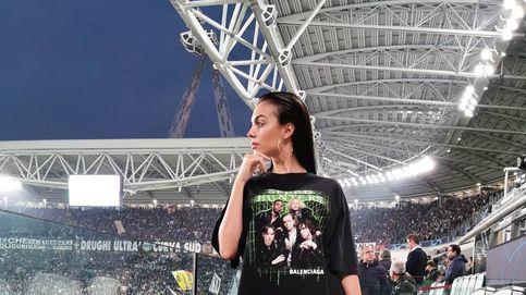 Lo mejor del look de 22.715 € de Georgina es el divertido comentario de Adriana Abenia