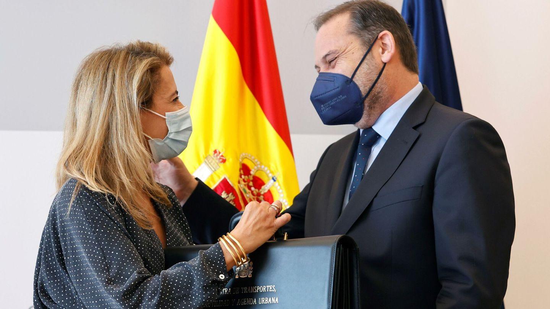 Ábalos, en el traspaso de cartera a Raquel Sánchez. (EFE)