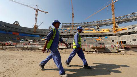 La explotación laboral en Qatar y el silencio del fútbol: La industria no quiere que hablen