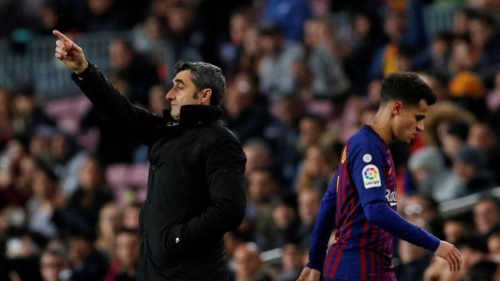 af87ad3a7d726 Foto  Philippe Coutinho abandona el campo durante un partido del FC  Barcelona. (Reuters