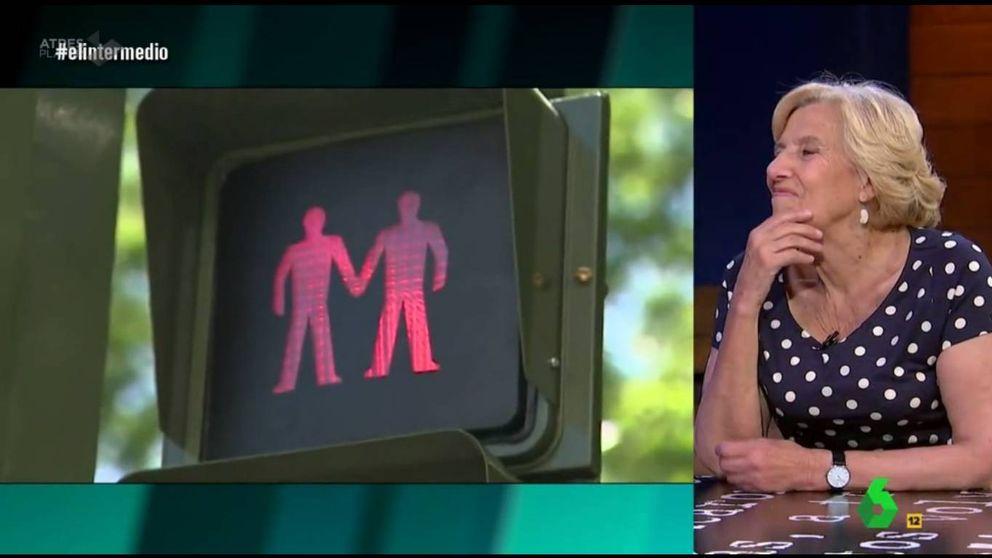 Carmena anuncia en 'El intermedio' que los semáforos LGTB serán permanentes
