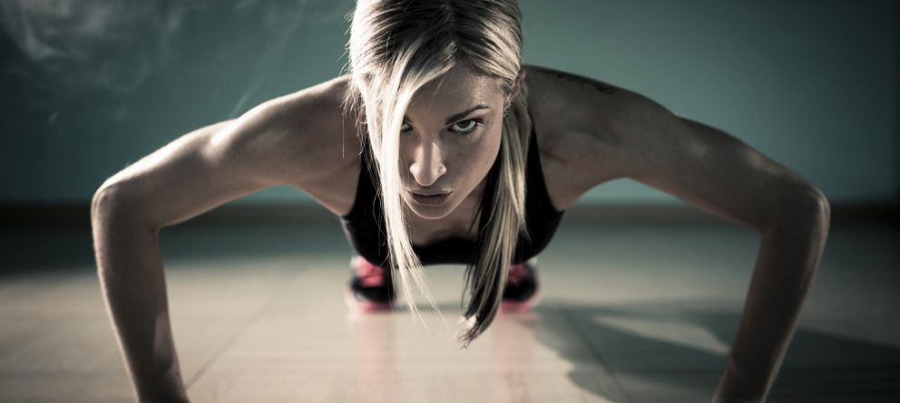 Foto: Si queremos poner a punto nuestro cuerpo debemos mantener una rutina de ejercicios adecuada y cuidar nuestra alimentación. (iStock)
