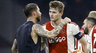 Por qué en el Ajax ven a De Ligt como el nuevo Piqué (y no como el nuevo Ramos)