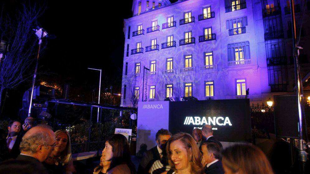 Foto: Sede de la entidad financiera gallega Abanca. (EFE)