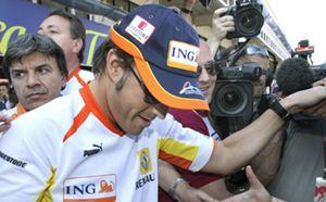 Alonso, contento con el quinto puesto y la suerte