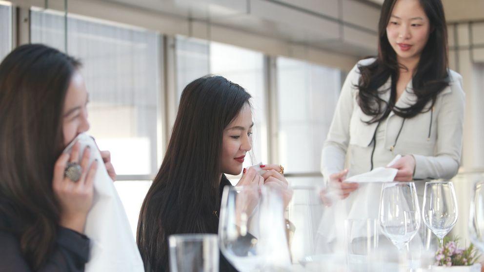 Academias de buenos modales para los nuevos ricos chinos