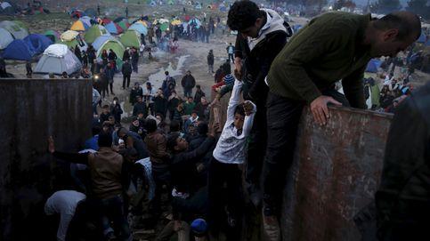 Borrad vídeos de masacres: refugiados difunden en redes trucos para entrar en Europa
