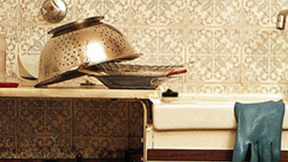 Un trapo de cocina puede esconder cien millones de gérmenes