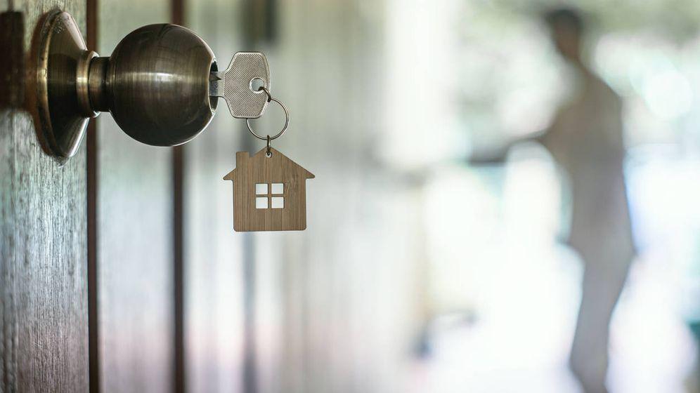 Foto: He heredado un piso de renta antigua. No tengo contrato, ¿se podría subir el alquiler? (iStock)