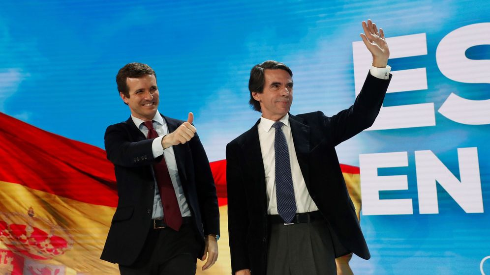 Foto: José María Aznar junto a Pablo Casado este sábado. (EFE)