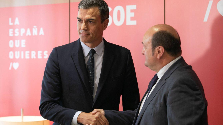 Sánchez rechaza una investidura gratis de Podemos: solo la aceptará con un acuerdo