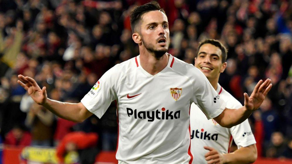 Foto: Sarabia celebrando un gol con el Sevilla ante el Barcelona. (EFE)