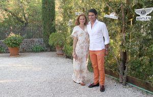 La boda de Olivia de Borbón y Julián Porras, en las redes sociales
