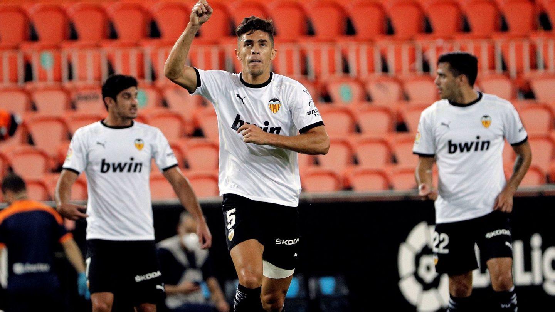 Gabriel Paulista celebra un gol con el Valencia. (Efe)