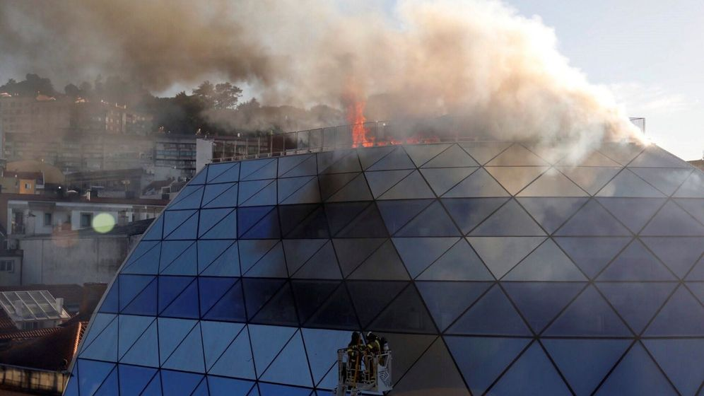 Foto: Incendio en la sede del Celta de Vigo. (EFE)