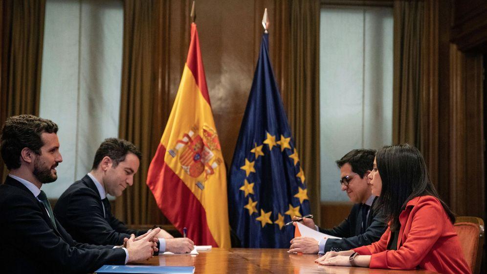Foto: Pablo Casado, Inés Arrimadas, Teodoro García Egea y José María Espejo. (Pedro Ruiz)