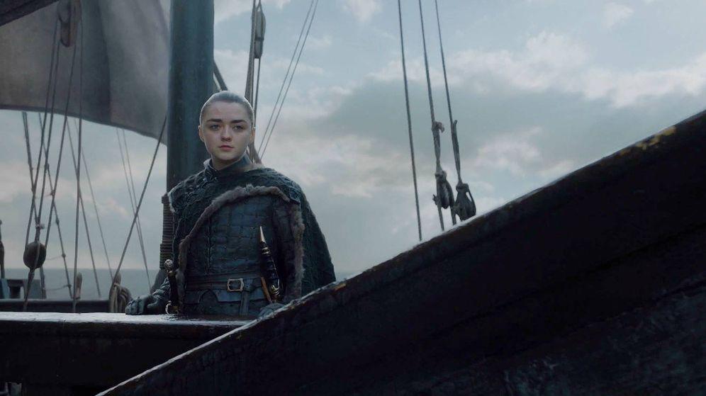 Foto: Arya parte en barco hacia el oeste de Poniente. (HBO)