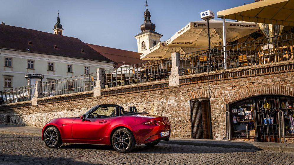 Foto: Dos plazas, descapotable y muy ligero, así es el Mazda MX5, una leyenda del automóvil desde 1989.