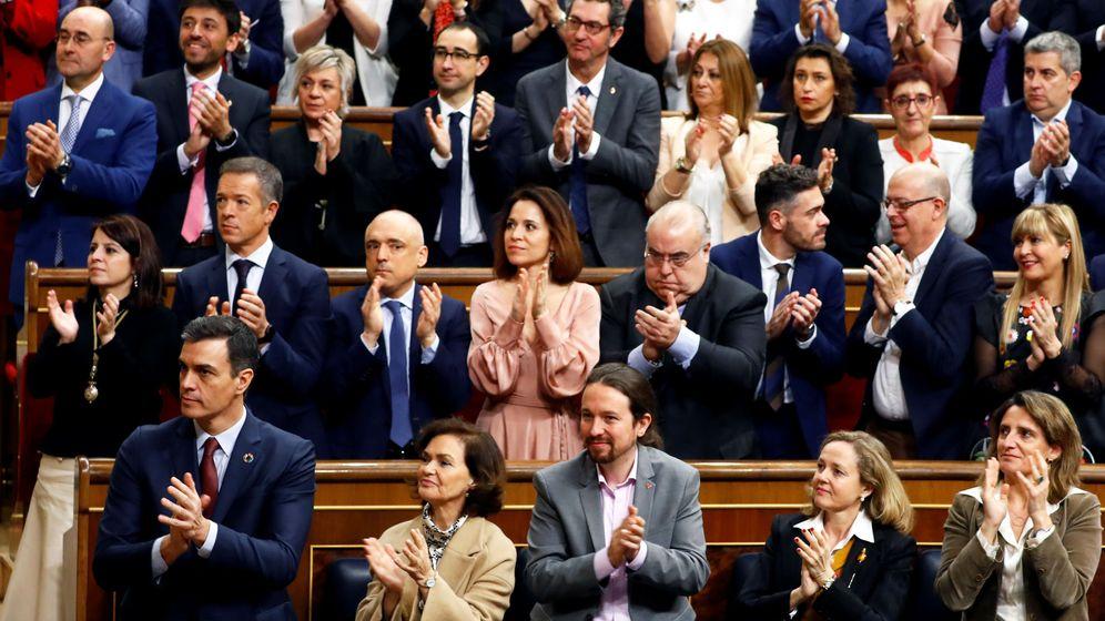 Foto: Pablo Iglesias aplaude durante la apertura solemne de la XIV Legislatura. (Reuters)