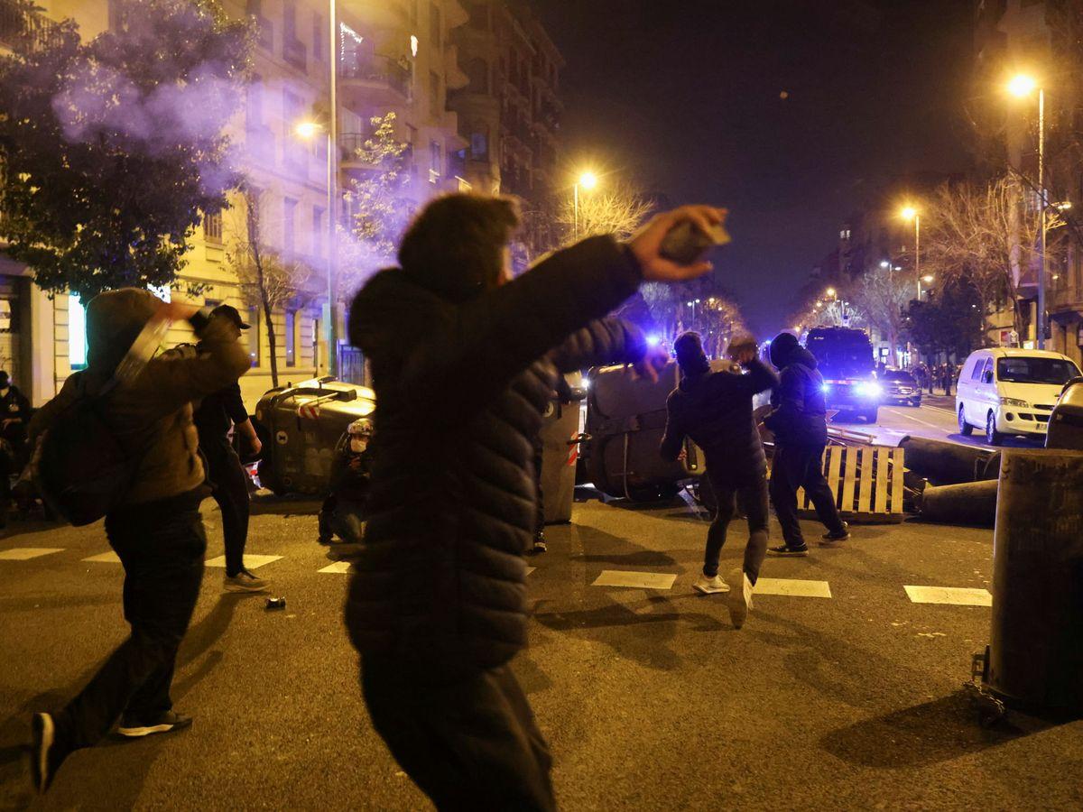 Libertad para 18 detenidos en los disturbios por Hasél en Cataluña