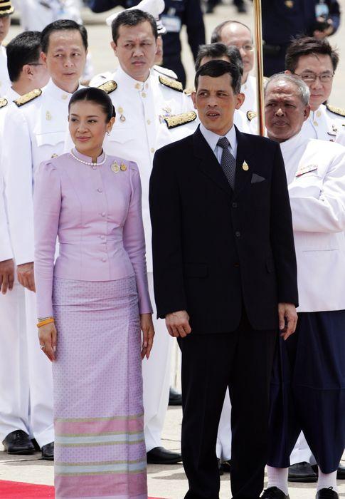 Foto: Los príncipes de Tailandia, Vajiralongkorn y Srirasmi (Gtres)