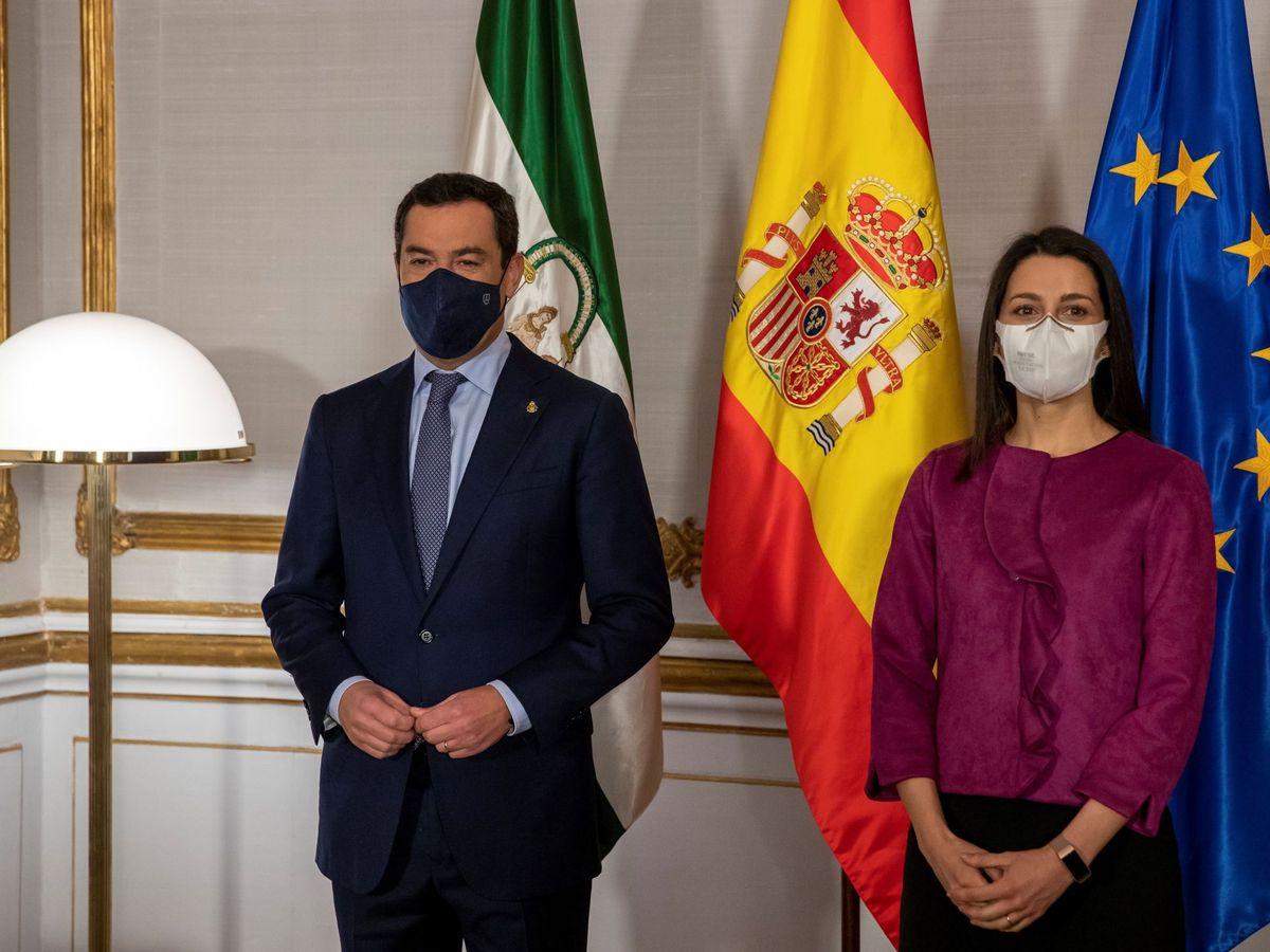 Foto: El presidente de la Junta, Juanma Moreno, e Inés Arrimadas. (EFE)