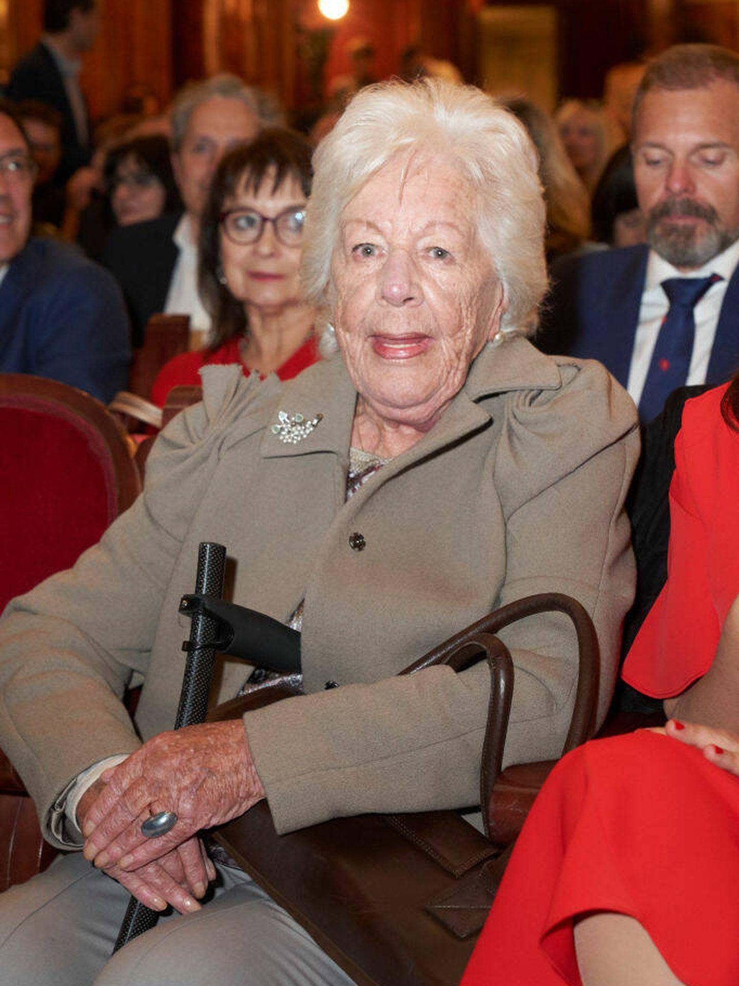 La abuela de la reina Letizia, durante la entrega de premios. (Getty)