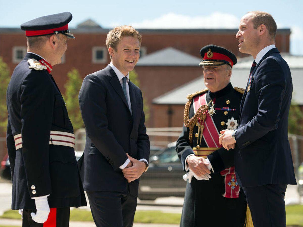 Foto: El duque de Westminster con el príncipe Guillermo, en un acto juntos. (Getty)