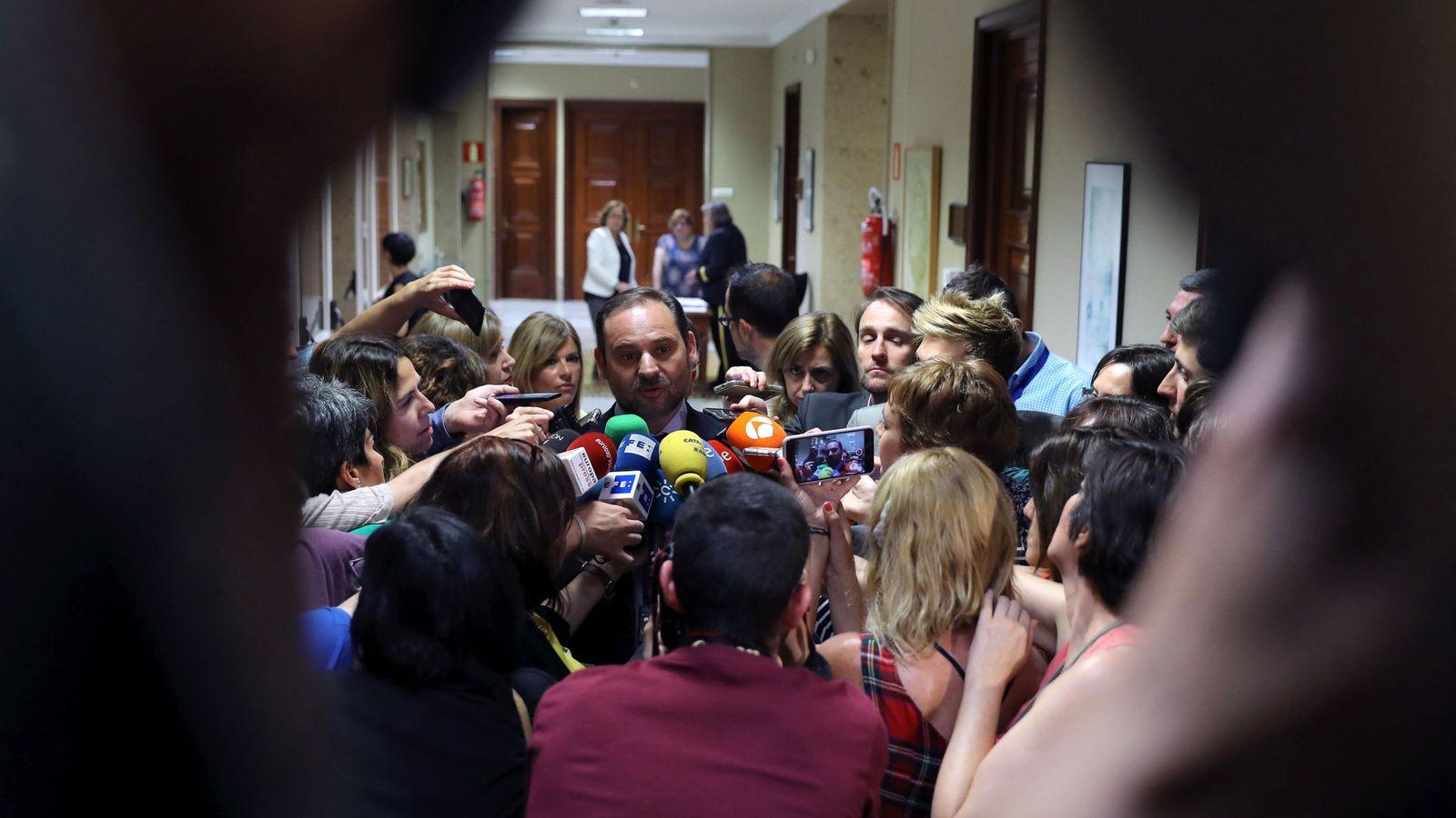 Foto: José Luis Ábalos, portavoz provisional en el Congreso y próximo secretario de Organización del PSOE, el pasado 29 de mayo. (EFE)