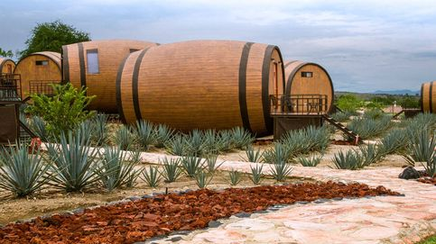 El hotel temático sobre el tequila donde los huéspedes duermen en un barril gigante