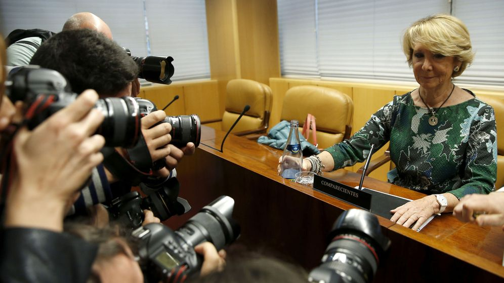 Foto: Esperanza Aguirre, en la Comisión de Corrupción de la Asamblea de Madrid. (EFE)