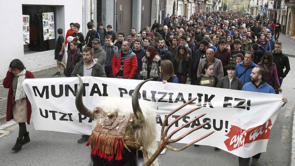 Foto: Manifestación de Sortu contra la Guardia Civil. (Efe)