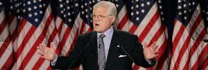 El senador Edward M. Kennedy fallece a los 77 años de un cáncer cerebral