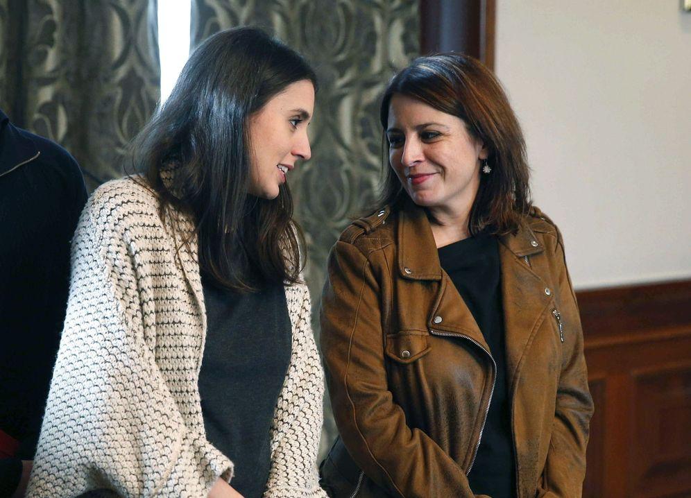 Foto: Adriana Lastra e Irene Montero, portavoces de PSOE y Unidas Podemos, este 12 de noviembre en el Congreso. (EFE)