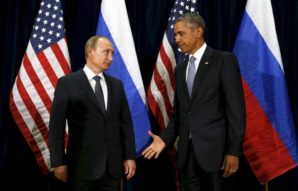 Foto: Barack Obama saluda al presidente Vladimir Putin durante un encuentro en la Asamblea General de la ONU, en Nueva York (Reuters).