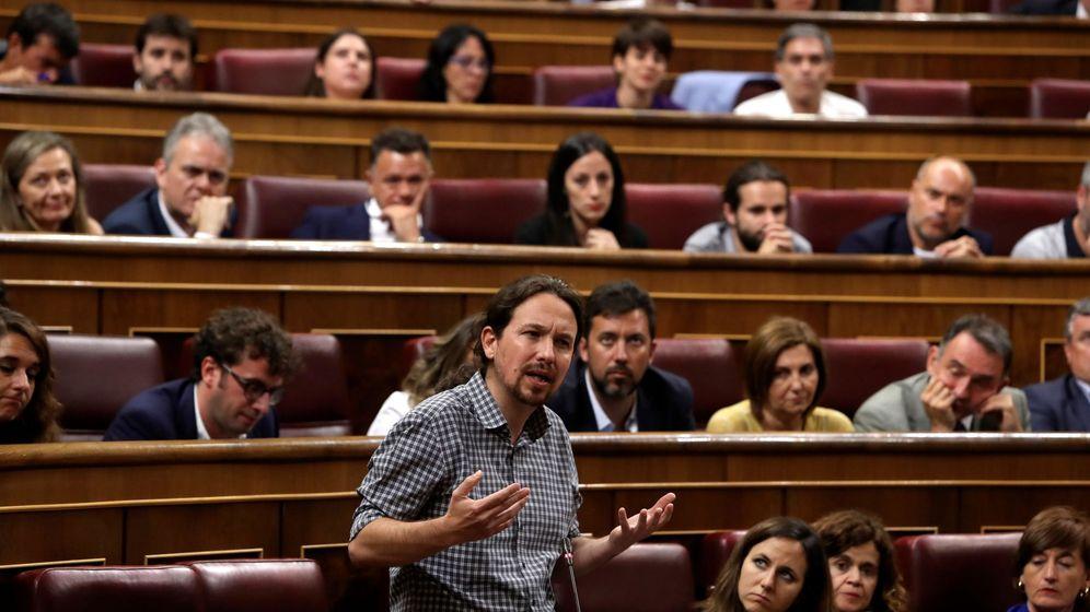 Foto: El líder de Podemos, Pablo Iglesias, durante la sesión de investidura. (EFE)