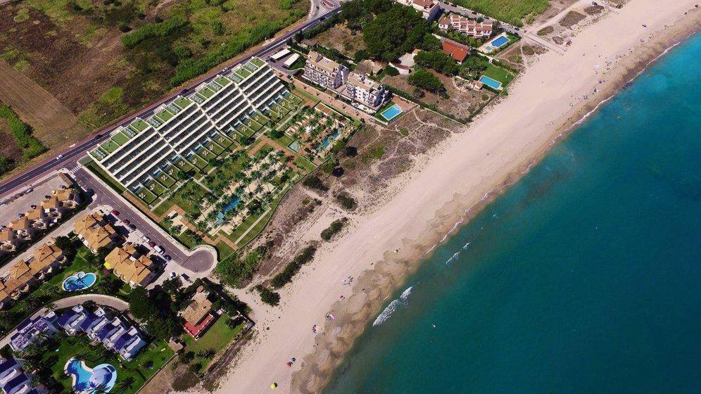 Foto: El proyecto Amare, en primera línea de playa, cuya financiación se disputan CaixaBank, Santander, Sabadell y Bankinter.