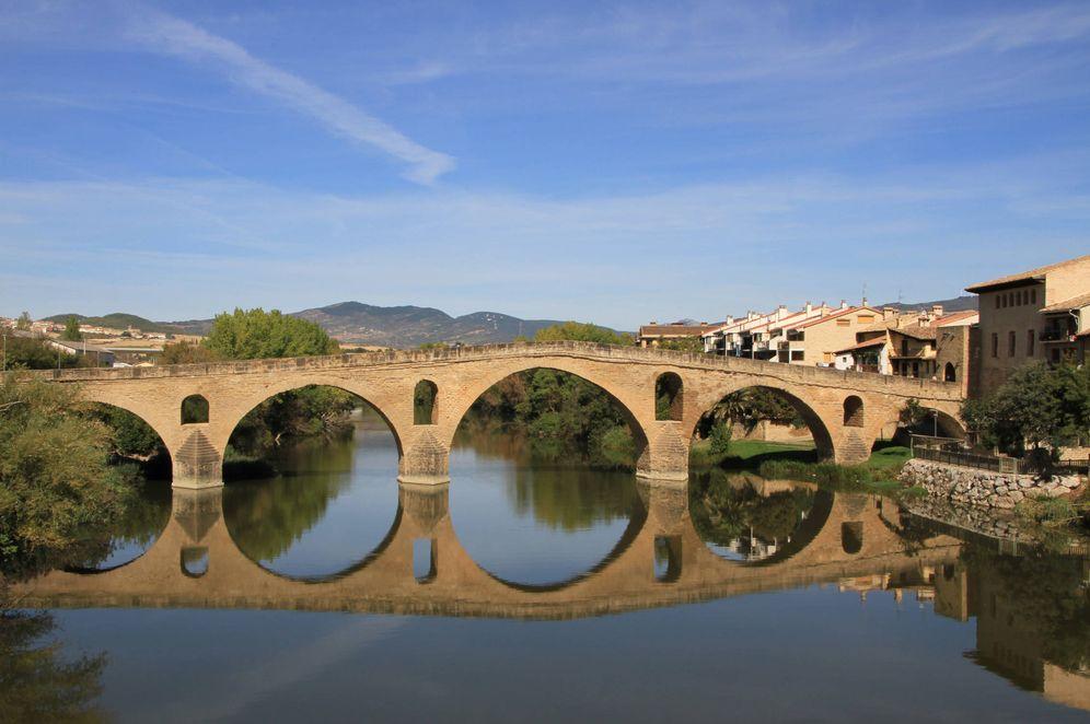 Foto: Puente la Reina, en plena ruta jacobea. (Cortesía Servicio de Marketing Turístico de Navarra)