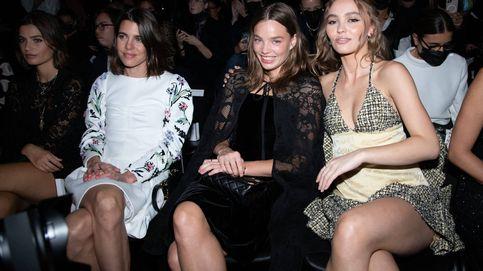 Carlota Casiraghi y Lily-Rose Depp,  protagonistas del front row de Chanel