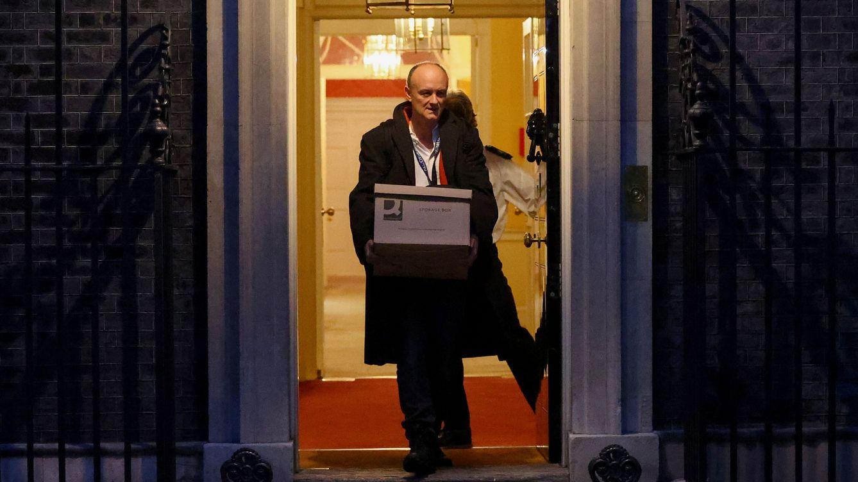 El poderoso asesor que aupó a Boris Johnson al poder ahora quiere tumbarle