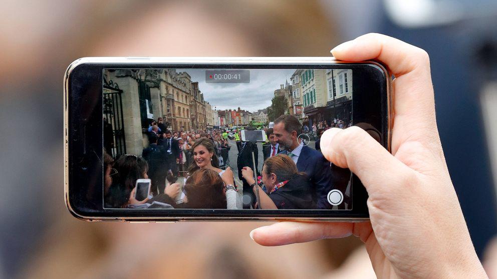 Letizia paparazzi: la Reina fotografía a Felipe VI en una de sus salidas privadas