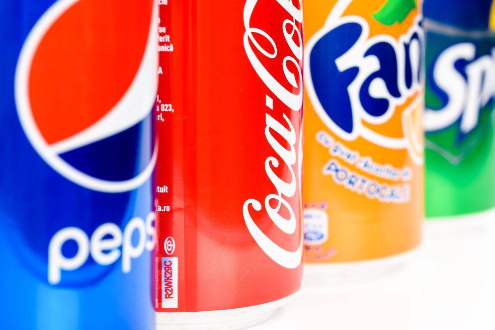 Foto: Las marcas de bebidas con azúcar se verán afectadas por la tasa anunciada por el Gobierno. (Reuters)