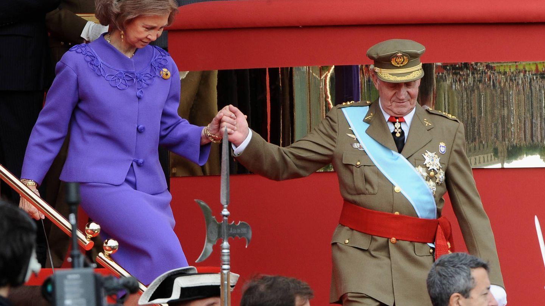 Los Reyes, en el Día de la Hispanidad de 2008. (Getty)