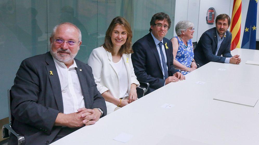 Foto: Puigdemont y los exconsellers