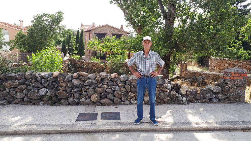 Foto:  Julián Gimeno Cantalejo, de 80 años y guardia civil de tráfico jubilado. (R. M.)