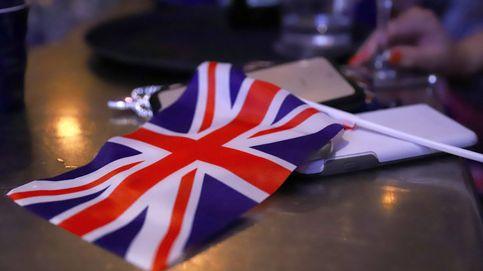 Reino Unido prevé un déficit histórico del 19% PIB y congela el salario a funcionarios