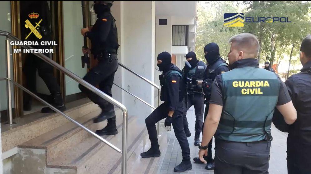 Foto: La Guardia Civil en una operación, en una imagen de archivo.