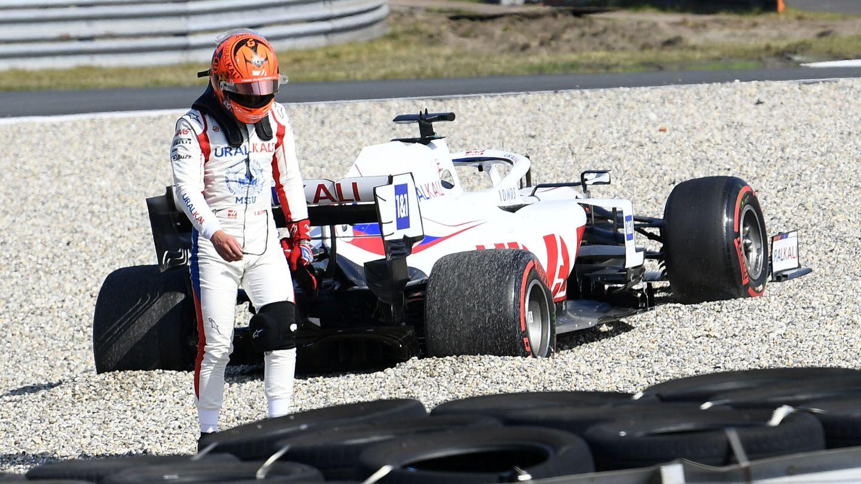 Mick Schumacher está siendo superior a Nikita Mazepin, pero mucho menos de lo que se esperaba y sumando muchos errores