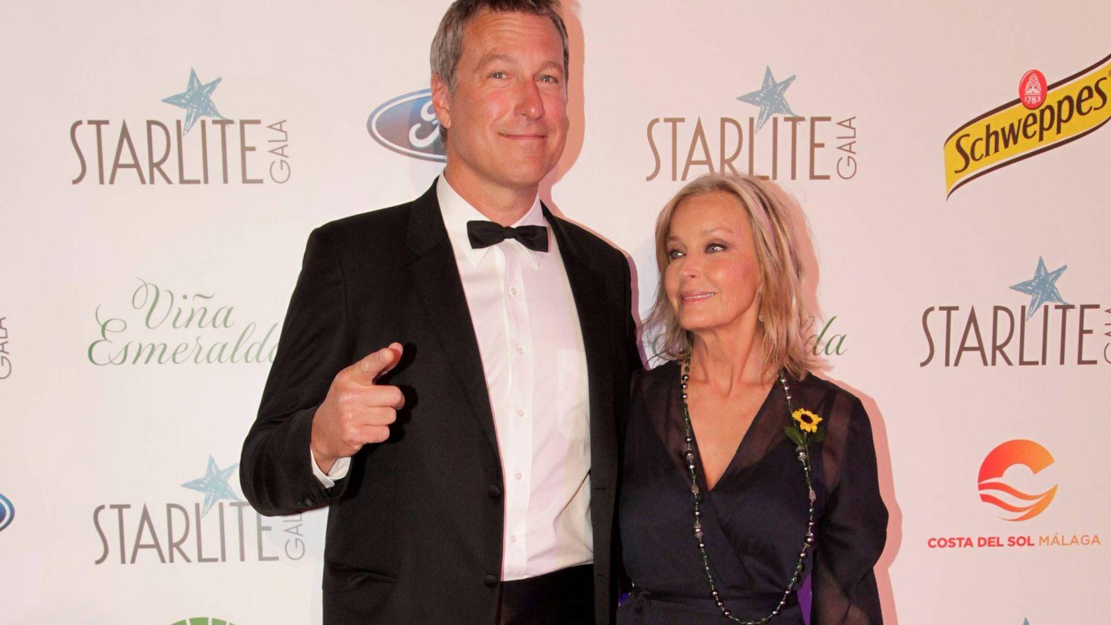 Foto:  Bo Derek junto a su marido, John Corbett.