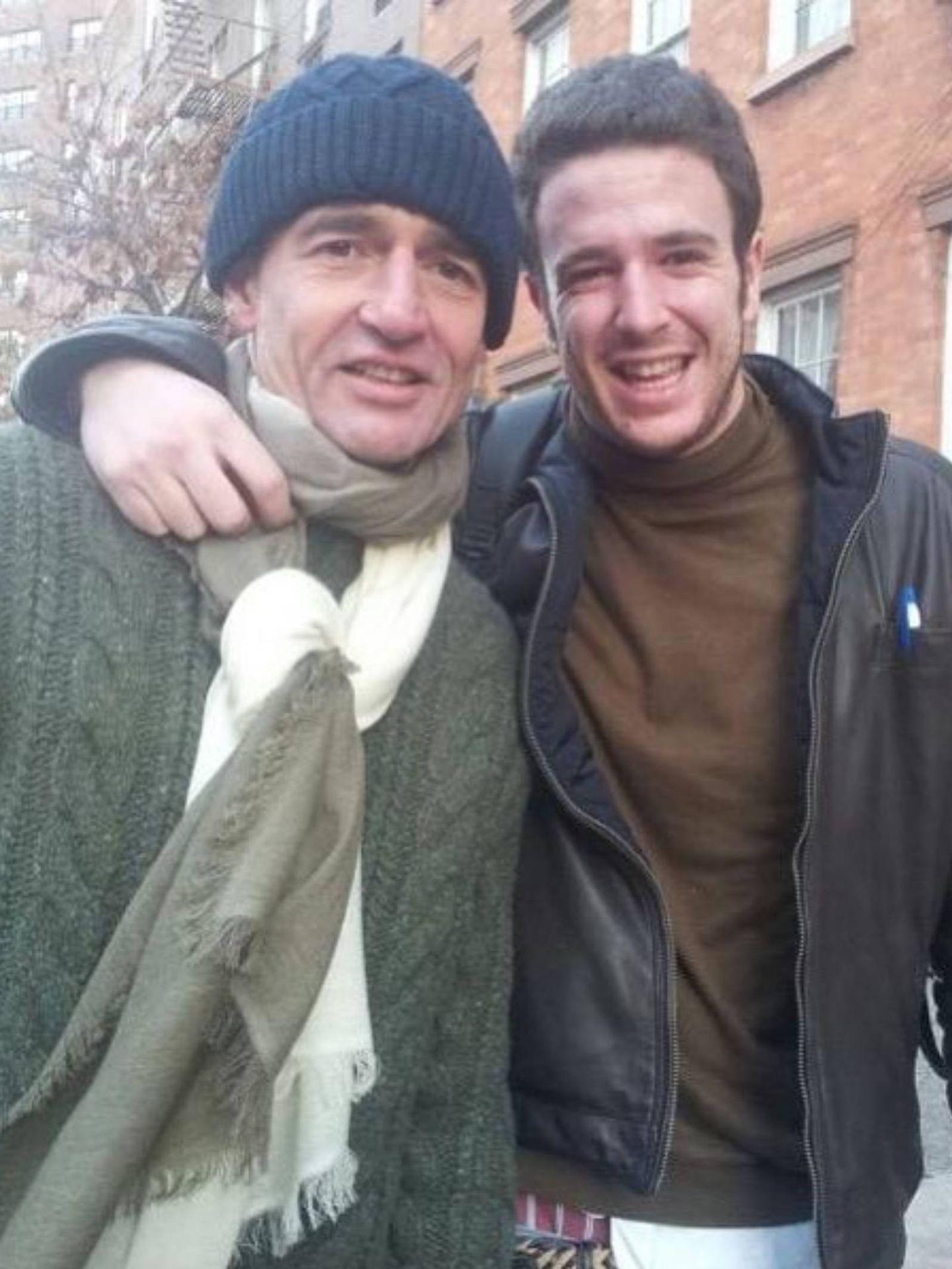 Alessandro Lequio, junto a su hijo Álex. (Instagram @alessandrolequiosr)